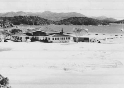 old picture of st thomas yacht club