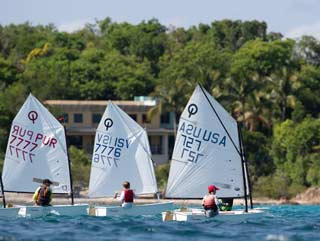 Columbus Day Regatta photo by Matias Capizzano
